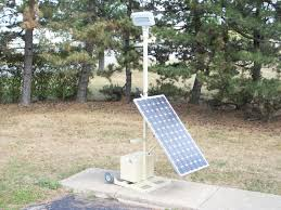 green outdoor commercial lighting solution portable solar powered