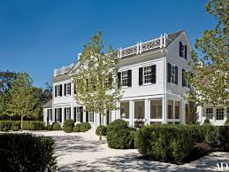 Neo Classical Homes A Picturesque Retreat In Southampton Architectural Digest
