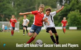 gift ideas for soccer fans best holiday gift ideas for soccer fans and players 2016 goal