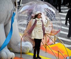 file miley cyrus at the macy s thanksgiving day parade jpg