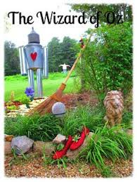 wizard of oz garden dorothy toto scarecrow glinda