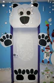 classroom polar bear door decoration salón de clases preescolar