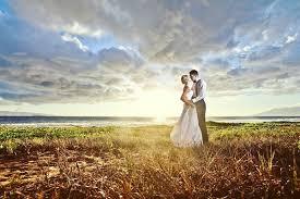 top 20 wedding photographers in hawaii