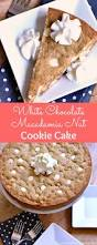 white chocolate macadamia nut cookie cake