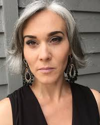 highlights for white hair on older women 713 best beauty of silver images on pinterest grey hair silver