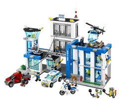 Picwic Lego by Lego City 60047 Jeu De Construction Le Commissariat De