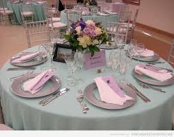 decoration de mariage pas cher idee deco table mariage pas cher fleurs en image