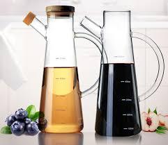 fourniture de cuisine 2017 à la mode bore silicium verre graisseur de sésame huile