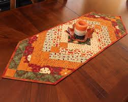 thanksgiving table runner pattern autumn braid table runner quilt i like the colors and style for a
