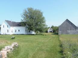 House And Barn by 165 Acres With Renovated 100 Year Old Farm House And