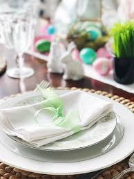 simple fresh and pretty springtime and easter table setting ideas