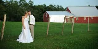Barn Weddings In Maine Compare Prices For Top 731 Barn Farm Ranch Wedding Venues In Maine
