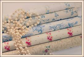 vintage shabby chic wallpaper foundlings found these go u2026 flickr