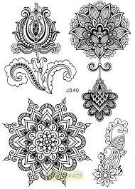 oltre 25 fantastiche idee su tatuaggi di fiori astratti su