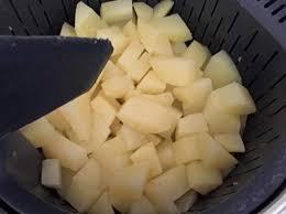 cuisiner la pomme de terre cuisson de pomme de terre à l eau par celinesteph une recette de