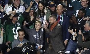 Justin Timberlake Meme - justin timberlake selfie kid is the super bowl s biggest meme so