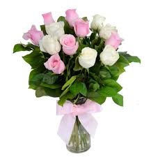 White Roses In A Vase Pink And White Roses With Vase Gift Flowers Hk