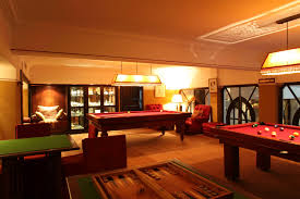 Piece Home Cinema Discover The Billiard Room At Heure Bleue Palais