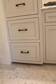 cabinet hardware the cabinet color is wickham gray by benjamin