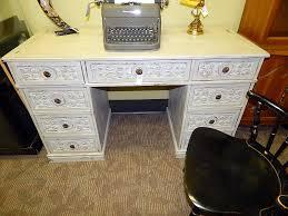 chic desk and this 0f75cd5de976c39c93c0ede6c9d1172a
