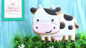 how to make cow cookie farm themed cookie youtube