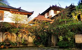 Lotus Garden Cottages by Honeymoon Guest House Formerly Pringga Juwita Water Garden