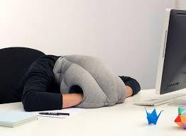 coussin de bureau bureau lit ou comment faire la sieste au travail
