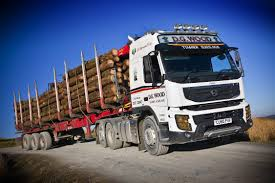 volvo tractor trailer first volvo fmx tractor unit delivered in the uk autoevolution