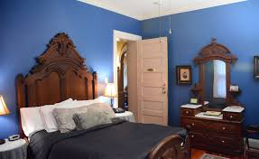 blue rooms enjoy comfortable inn rooms while in indianapolis
