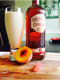 Drinks With Southern Comfort Caramelised Peach Milkshakes With Southern Comfort Giraffes Can Bake