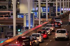 traffic wednesday before thanksgiving u s airports ease thanksgiving rush with friendly dogs