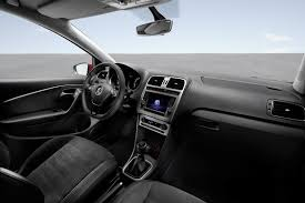 volkswagen polo interior 2014 volkswagen polo facelift interior and updated tech revealed