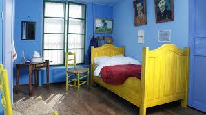tableau de gogh la chambre dormir dans un tableau de gogh gogh vans and room