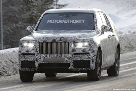 rolls royce suv 2019 rolls royce cullinan spy shots and video autozaurus