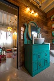 Coolhouse Com Woman Has Bought Conventional Containers And Turned Them Into A