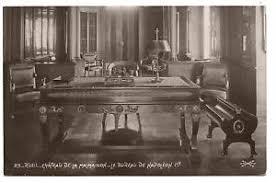 bureau du s at le bureau de napoléon 1er rueil château de la malmaison the desk of