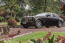 rolls royce phantom gold rolls royce phantom a cut above other cars road tests driven