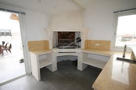cuisine d été aménagement aménagement cuisine d été en et granit cheminée en à
