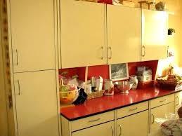 quelle peinture pour repeindre des meubles de cuisine peindre meuble en formica enfilade 50s revisitace peindre meuble en