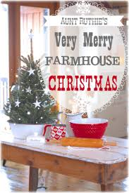Christmas Kitchen Decorating Ideas by 181 Best Christmas Home Tours Images On Pinterest Christmas