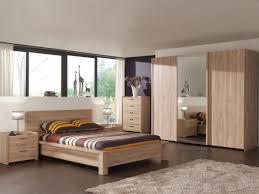 decor de chambre a coucher chetre bois hetre blanche et lit coucher chambre meuble belgique pour deco