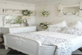 Beach Cottage Bedroom Ideas 12 Red Bedroom Decorating Ideas Country Chic Blog Jak Ukry
