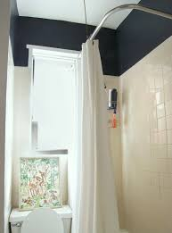 true or false painting walls white will make a room appear larger