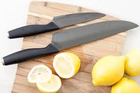 Knives For The Kitchen The Right Knives For Your Kitchen Mom Blog Society