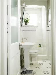 extremely small bathroom ideas best 25 small bathroom ideas on bath decor
