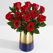 how much does a dozen roses cost one dozen stemmed roses