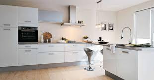 decorer cuisine toute blanche interior design decorer cuisine toute blanche inspirations avec