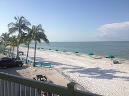 110 curlew st fort myers beach october special 2500 wk 5 bdrm 3