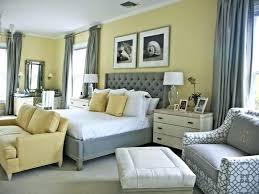 Light Yellow Bedroom Walls Bedroom With Yellow Walls Cheery Yellow Bedrooms Bedroom Light