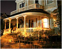 porch at night new orleans homes and neighborhoods new orleans homes at night